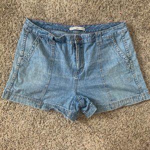 Tommy Hilfiger Vintage Lightwash Shorts